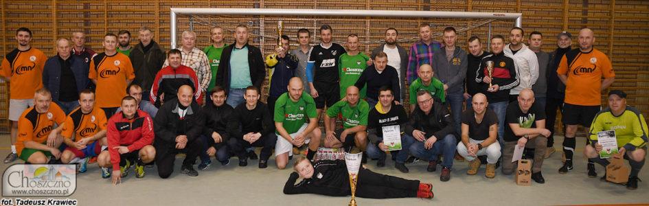 drużyny biorące udział w turnieju piłkarskim oldbojów